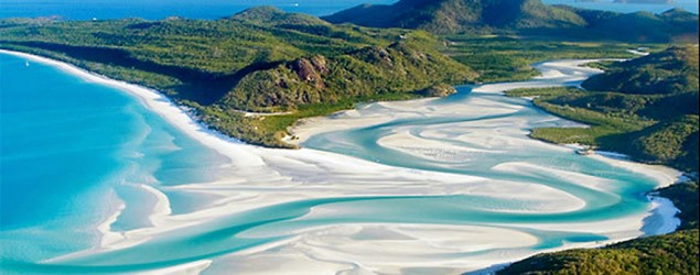 Whitehaven Beach on Whitsunday Island, Australia (Whicker Paradise/Flickr)