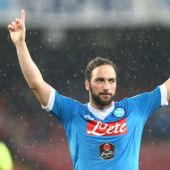 Higuain not the first Napoli player to join rivals Juventus