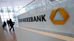 Commerzbank says to cut nearly 10,000 jobs, halt dividend