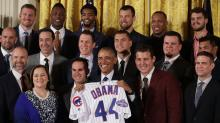Aroldis Chapman gets no praise from President Obama during visit