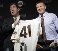 Giants granted young fan's request to sign Mark Melancon