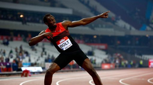 Usain Bolt returns from injury to win 200m in London