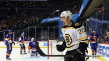 Bruins win ugly over Islanders, as Hurricanes creep on bubble