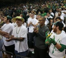 Oregon coach Willie Taggart defends workouts that led to player hospitalizations