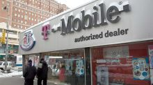 T-Mobile CEO Legere: 'Upside For Us' As AT&T 'Further Defocused'