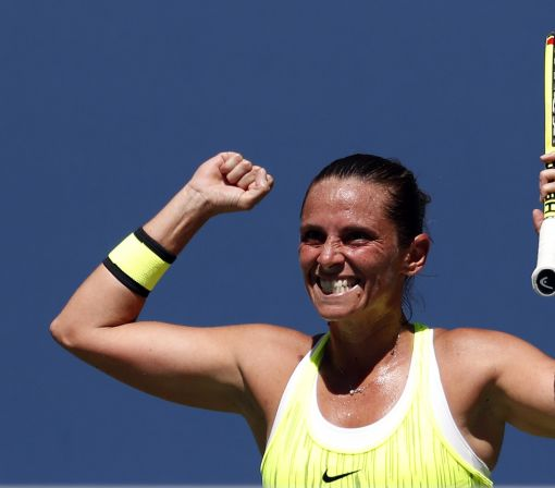 Year after stunning Williams, Vinci returns to Open with win