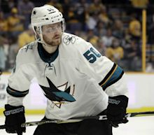 Forward Chris Tierney re-signs with Sharks for 2 years