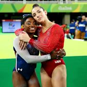 Aly Raisman took a pic of Simone Biles taking the world's most well-deserved nap ever on her flight home from Rio