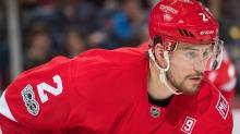 New York Rangers add Brendan Smith from Red Wings for draft picks